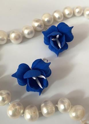 """Синие серьги с цветами ручной работы """"фрезии"""""""