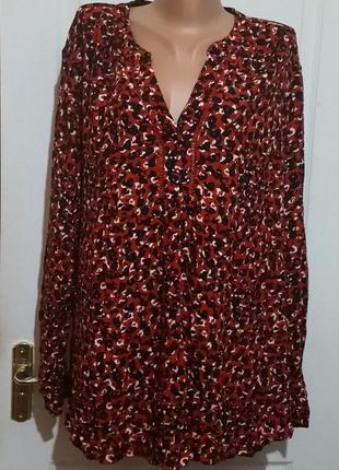 Блуза вискоза. спинка удлиненная. на 22-24
