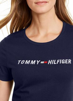 Футболка tommy hilfiger.