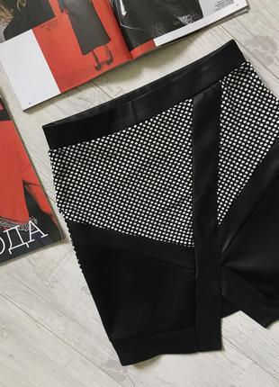 Асимметричная юбка со вставкой горох с  кожаными вставками