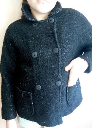Пальто zara на 9-10 лет
