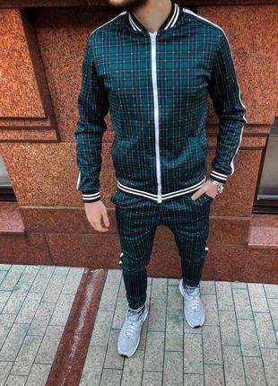 Мужской клетчатый спортивный костюм. спортивный костюм в клетку