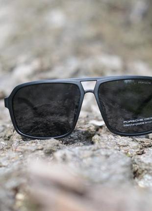Очки солнцезащитные с поляризацией в матовой оправе