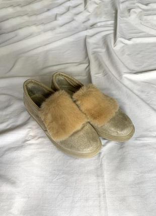 Лоферы слипоны туфли с мехом
