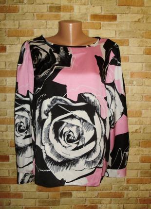 Красивая атласная блуза в розах 18/52-54 размера