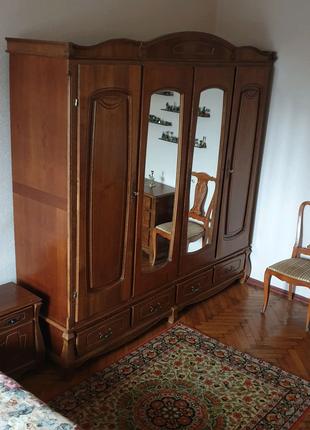 Срочно продаетс деревянная спальня в отличном состоянии, 9 единиц