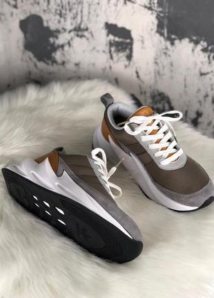 Хит 2019 женские кроссовки adidas sharks brown grey white.