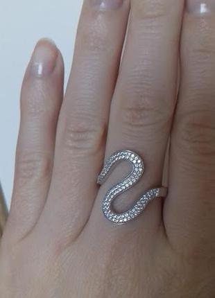 Серебряное кольцо в виде змеи18 размер