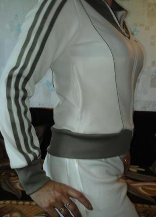 Кофта adidas спортивная