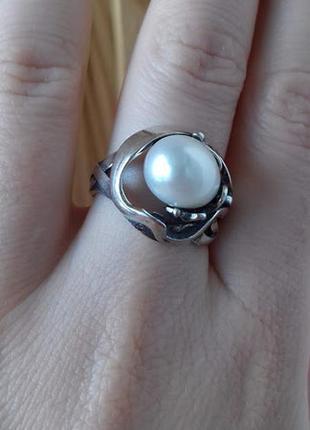 Серебряное кольцо подснежник с  жемчужиной