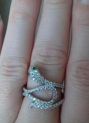 Серебряное кольцо в виде змеи 17 размер