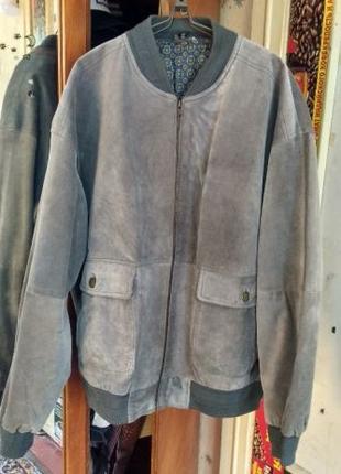 Мужская кожаная куртка 52 размер. Телячья кожа. Осень Весна