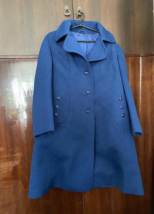 Большое насыщенное синее осеннее пальто из кремалина