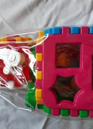"""Игрушка детская. Кубик """"Умный малыш""""."""