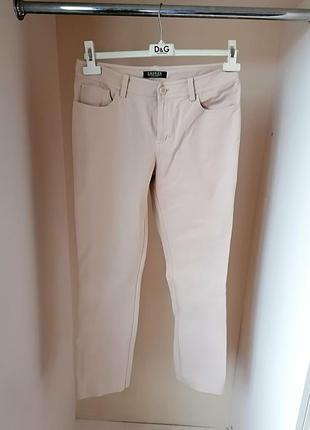 Классические натуральные джинсы с высокой посадкой дорогого бр...