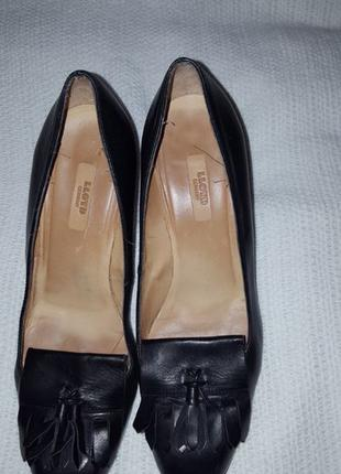 Чорні офісні туфлі жіночі 39.5 й розмір .Якісна шкіра. Зручні.