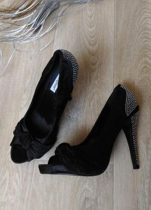 Туфли чёрного цвета в стразах, искусственный замш , р.40