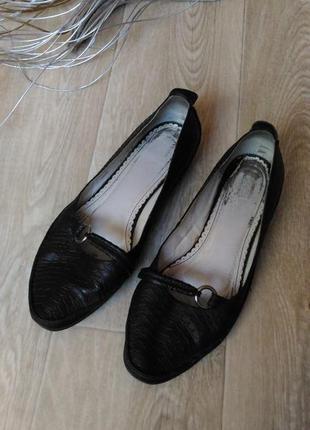 Туфли, макасины чёрного цвета натуральная кожа, р. 39