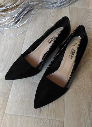 Чёрные лаковые , замшевые туфли wide fit,  р. 38