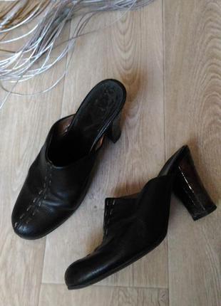 Туфли чёрного цвета натуральная кожа размер 38