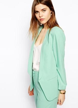 Шикарный блейзер пиджак с замочками очень нереально красивый ц...