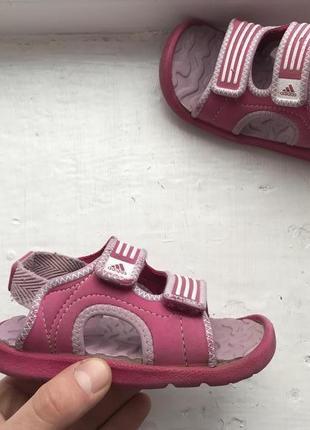Adidas детские босоножки сандали 24р