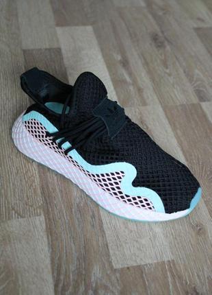 Шикарні кросівки  adidas deerupt s runner