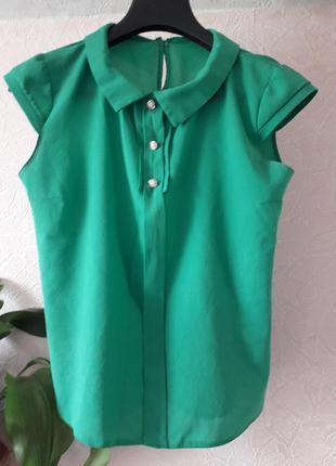 Женская зеленая блузка лето весна осень
