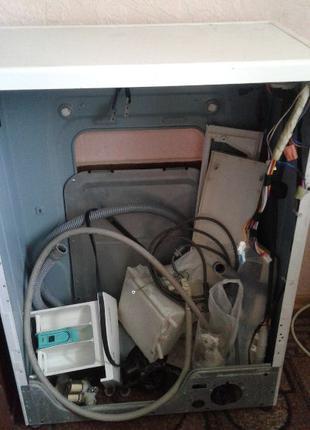 Продам стиральную машину LG 8025OS на 3,5 кг. на запчасти.
