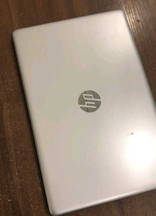 hp laptop i7-8550