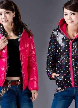 Теплая и яркая двухсторонняя куртка