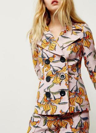 Двубортный стильный пиджак river island 8--42 размер.