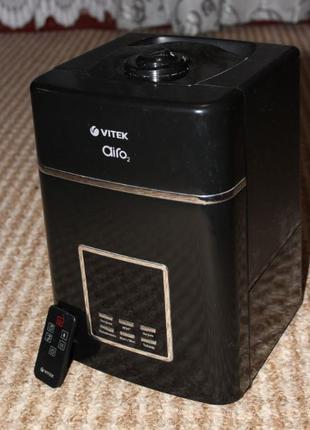 Ультразвуковой увлажнитель воздуха VITEK VT-1754 BK.