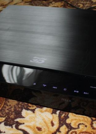 Samsung HT-C5900/XER, домашний кинотеатр; 3D; BlueRay; 5.1