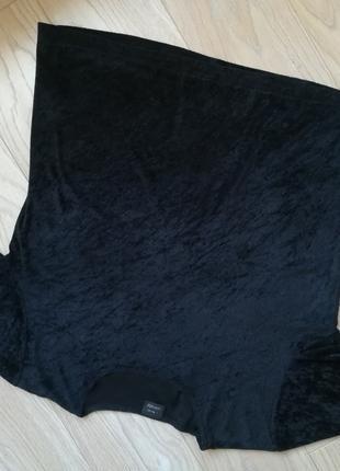 Черная бархатная футболка, без рисунков