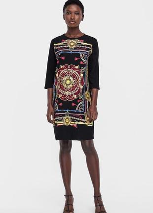 Платье zara c модным принтом