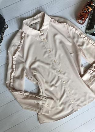 Блузка нежно пудрового цвета