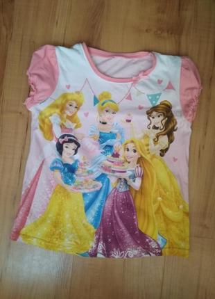 Футболка дисней с принцессами что блестят на 6-7 лет