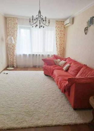 Продам 4 комнатную квартиру на Бочарова