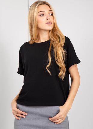 Свободная трикотажная футболка черного цвета