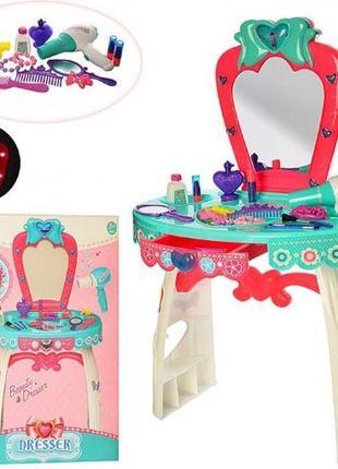 Трюмо / туалетный столик для принцесс