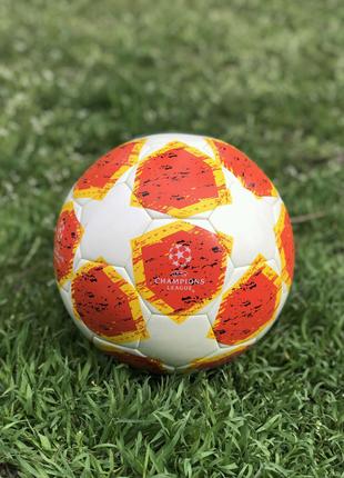 Футбольный мяч Adidas UEFA Champions League