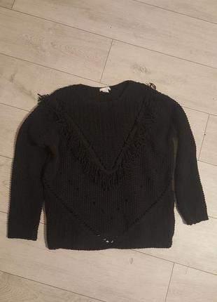 Красивый свитер оверсайз