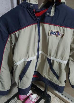 Куртка на флисе на мальчика на осень весну