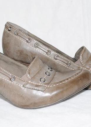 Очень классные новые туфли размер 39