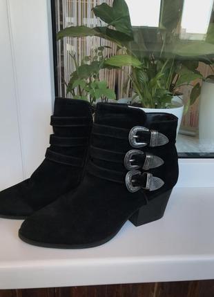 Ботинки-казаки