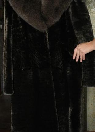 Шикарное пальто из мутона