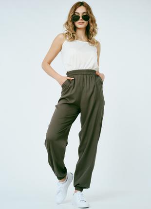 Летние женские брюки на манжете