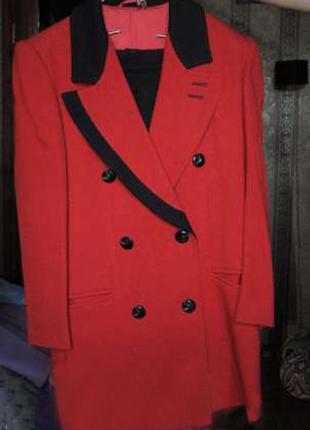 Костюм женский пиджак и юбка