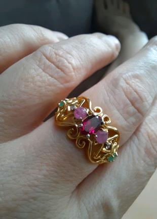 Кольцо серебряное с натуральными камнями